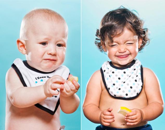kids-tasting-lemons-time