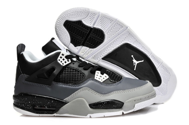 Air-Jordan-4-Retro-Fear-Oreo-Stealth-Black-White---1-420