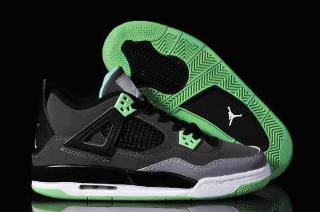Nike_Air_Jordan_4_IV_Oreos_Womens_Shoes_Black_Green